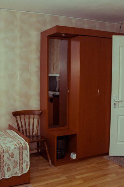 Снять номер в гостинице